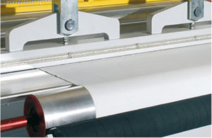 hot-welding-machines-fabrics-hot-welding-textiles-presses-hot-sealing:technical-characteristics-and-positioning-barra_pag10-1